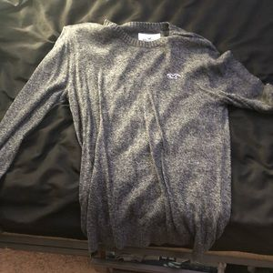 Hollister pull-over